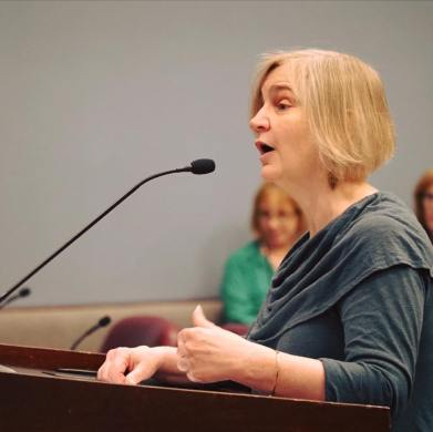 poet-laureate-speaking-to-arlington-county-board-at-induction-by-ryan-hudson